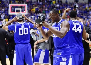 Courtesy of: http://www.washingtonpost.com/sports/colleges/harrison-lifts-wildcats-to-75-72-win-over-michigan/2014/03/30/d9ece724-b862-11e3-80de-2ff8801f27af_story.html