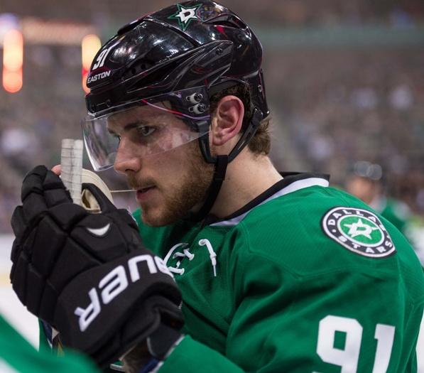 photo via hockey.dobbersports.com