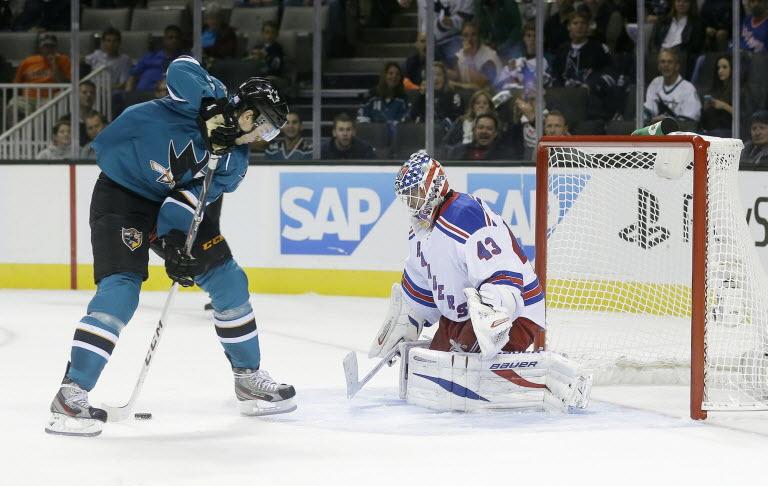 photo via thehockeyfanatic