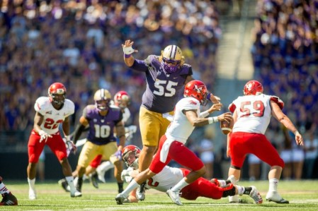 Danny Shelton sets his sights on a extremely unfortunate quarterback Photo via: boltblitz.com
